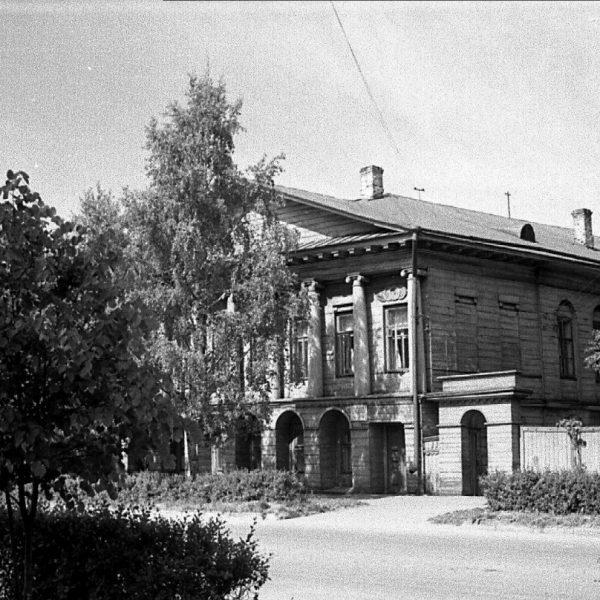 посещаю коркинский старые фото сокола вологодской люстру